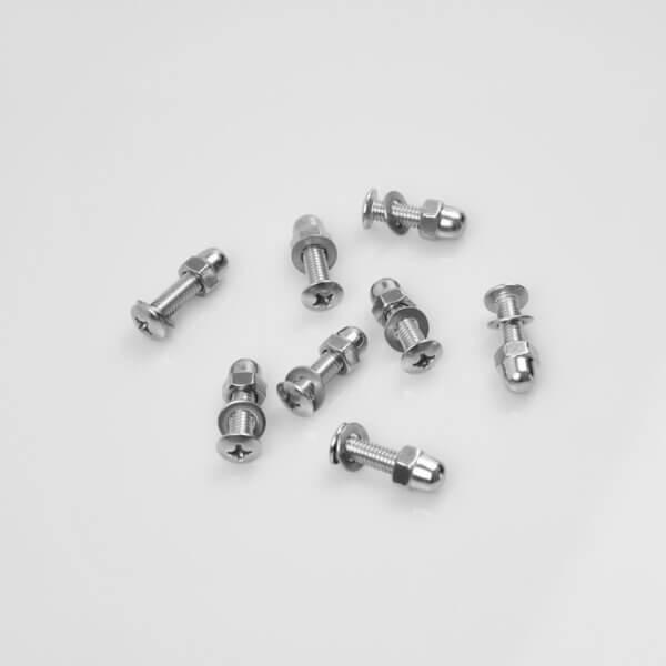 Lösa bultar och skruvar – för sele montering av 4 st. seler Amladcyklar